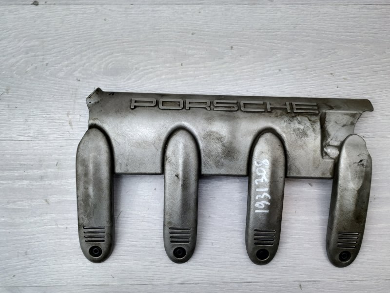 Накладка декоративная Porsche Cayenne 955 M48.50 2005 (б/у)