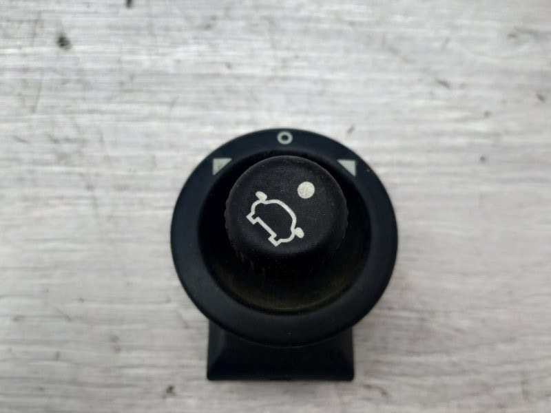 Блок управления зеркалами Ford Fiesta MK5 FXJB 2005 (б/у)