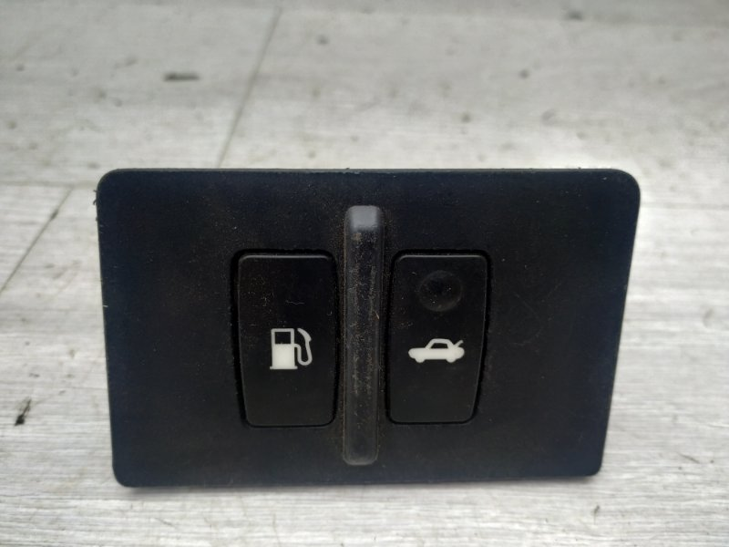 Кнопка открывания багажника Lexus Is250 2 4GR 2008 (б/у)