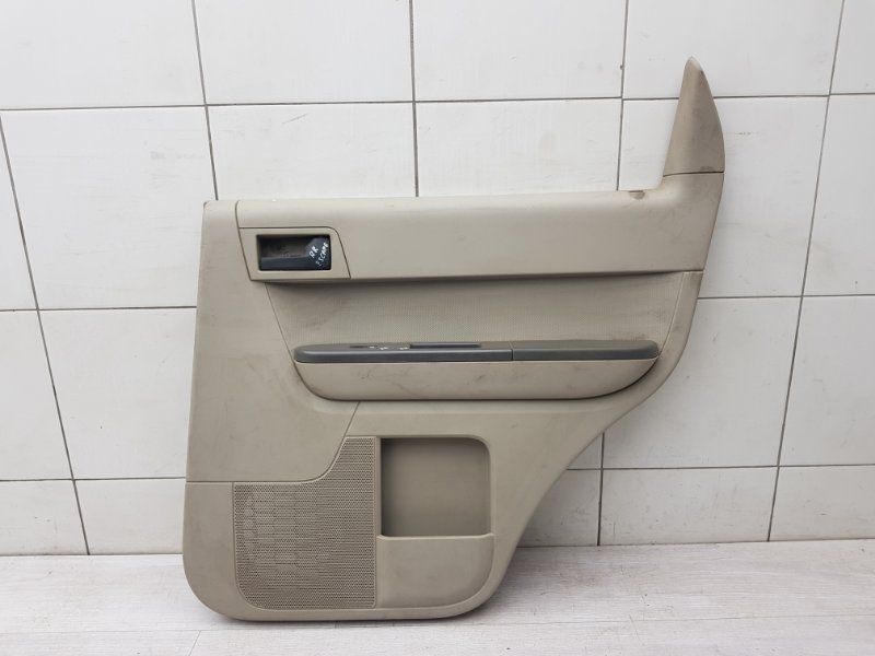 Обшивка двери задняя правая Ford Escape 2 USA 2.5 DURATEC 2010 (б/у)