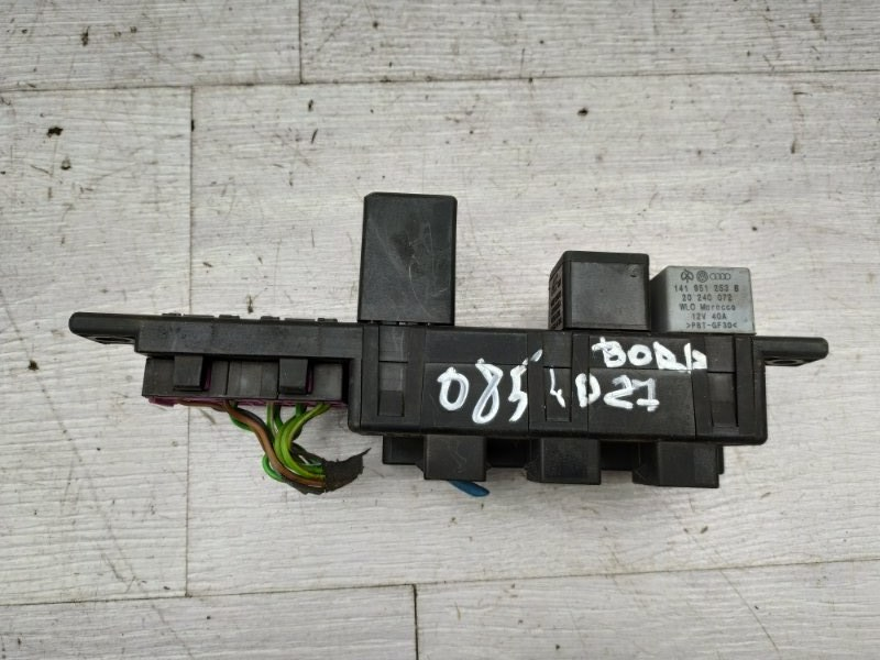 Блок предохранителей Vw Bora AKL 1999 (б/у)