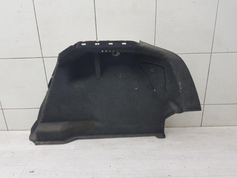 Обшивка багажника правая Opel Astra H Z16XEP 2004 (б/у)