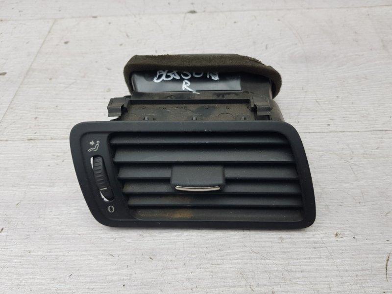 Дефлектор правый Vw Bora AKL 1999 (б/у)