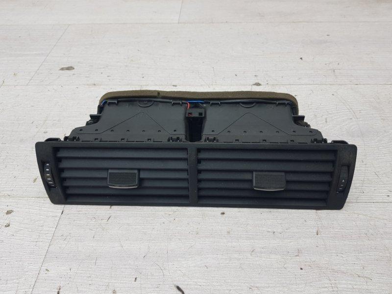 Дефлектор центральный Audi A4 B6 ALT 2003 (б/у)