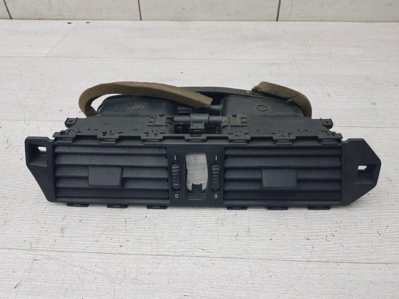 Дефлектор центральный Bmw 5 E60 M54 2003 (б/у)