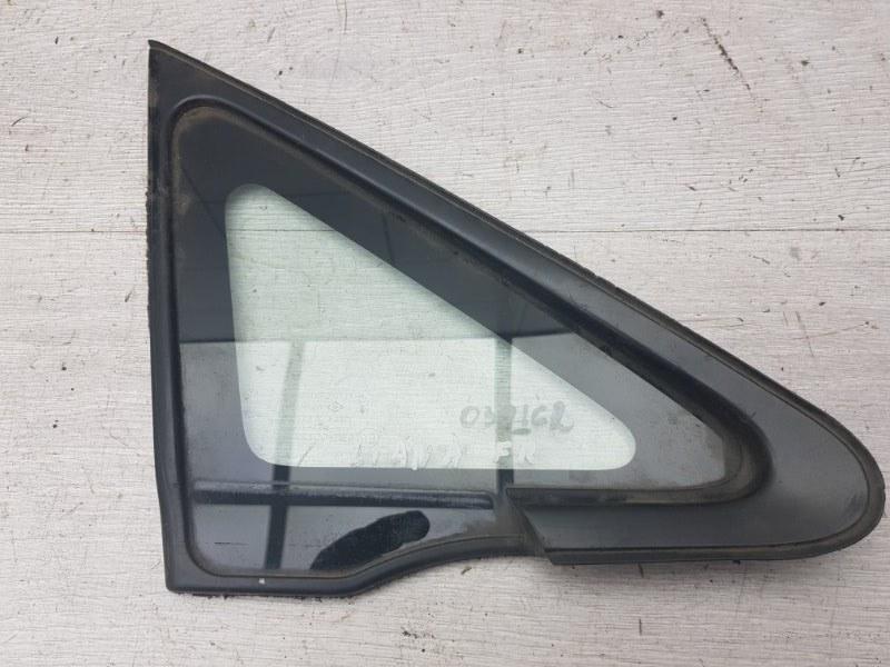 Форточка передняя правая Suzuki Liana 2005 (б/у)