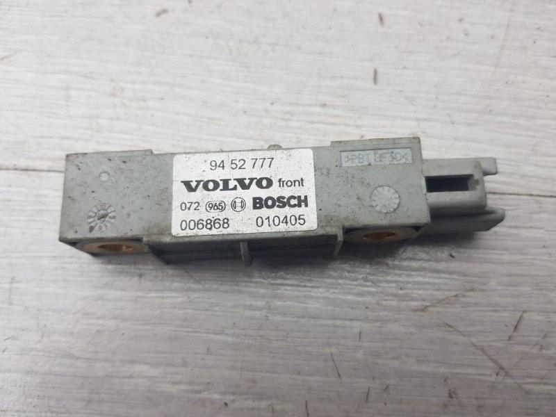 Датчик удара Volvo V70 D5244T 2005 (б/у)