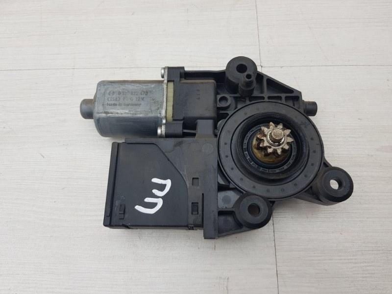 Моторчик передний правый Renault Megane 3 K4M 2012 (б/у)
