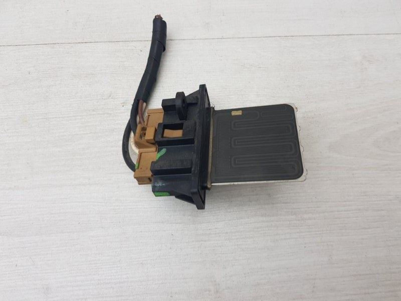 Резистор печки Renault Megane 3 K4M 2012 (б/у)