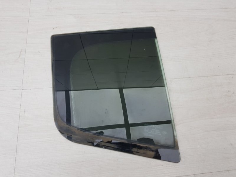 Форточка задняя правая Renault Megane 3 K4M 2012 (б/у)