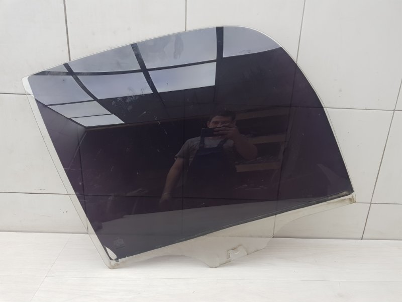 Стекло заднее правое Skoda Roomster 1 BMS 2009 (б/у)