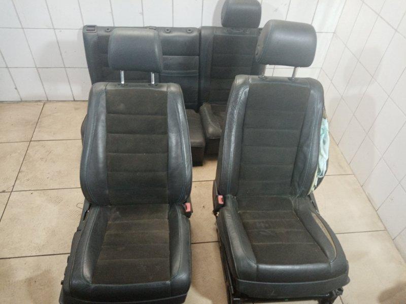 Комплект сидений Vw Touareg 7L BAA 2003 (б/у)