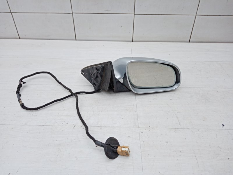 Зеркало правое Audi A8 D3 BHT 2005 (б/у)