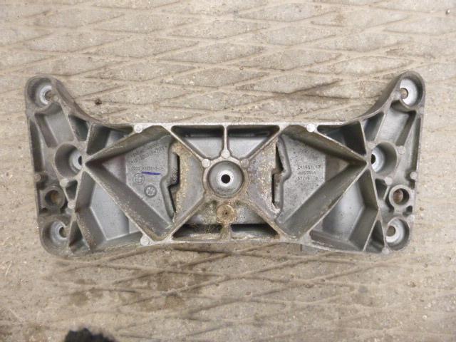 Кронштейн кпп Bmw 5-Series F10 2009 (б/у)
