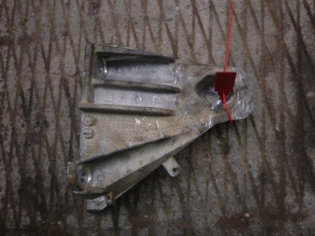 Кронштейн подушки двс Bmw X5 E70 2007 правый (б/у)