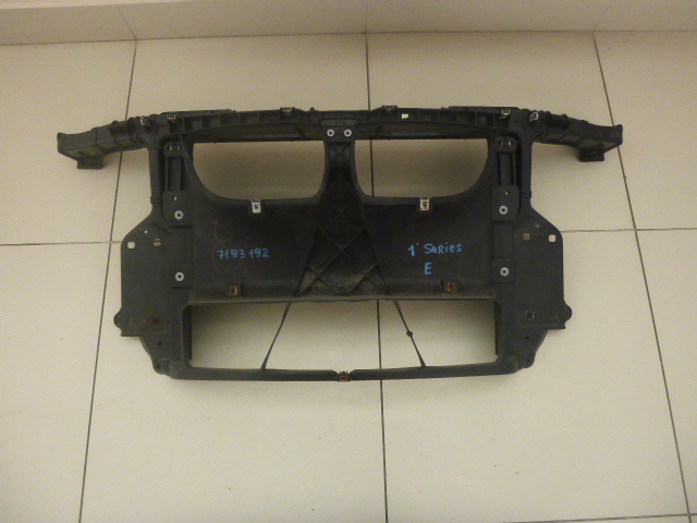 Панель передняя Bmw 1-Series E81 2004 передний (б/у)