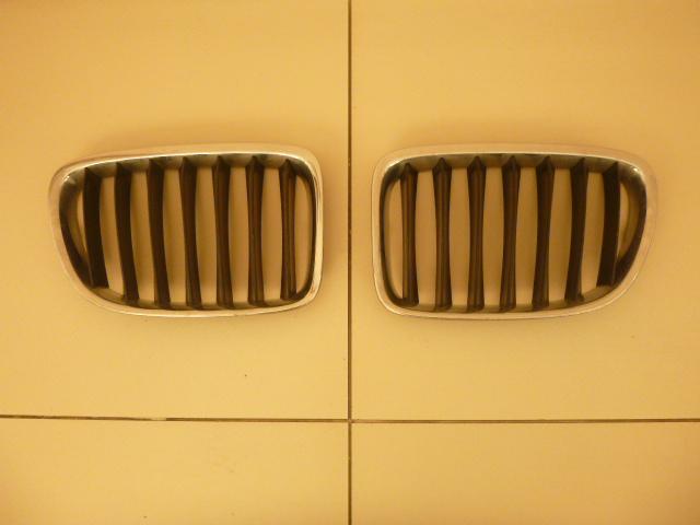 Решетка радиатора Bmw X1 E84 2009 левая (б/у)