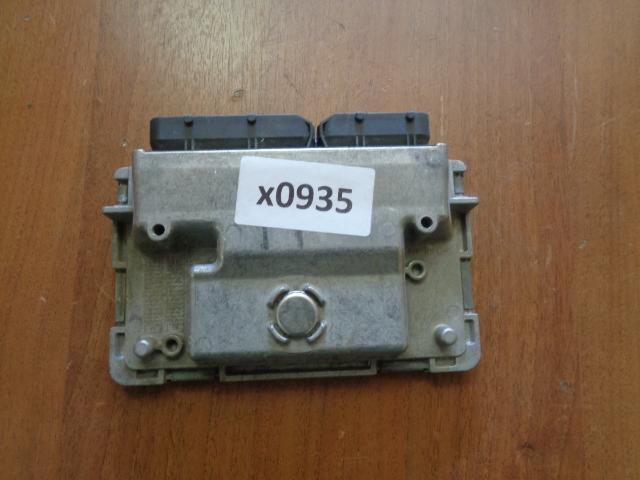 Блок управления двигателем Skoda Fabia 5J 2011 (б/у)