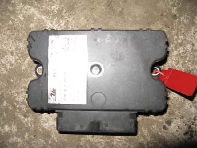 Блок управления стояночным тормозом Volkswagen Touareg 7P 2010 (б/у)
