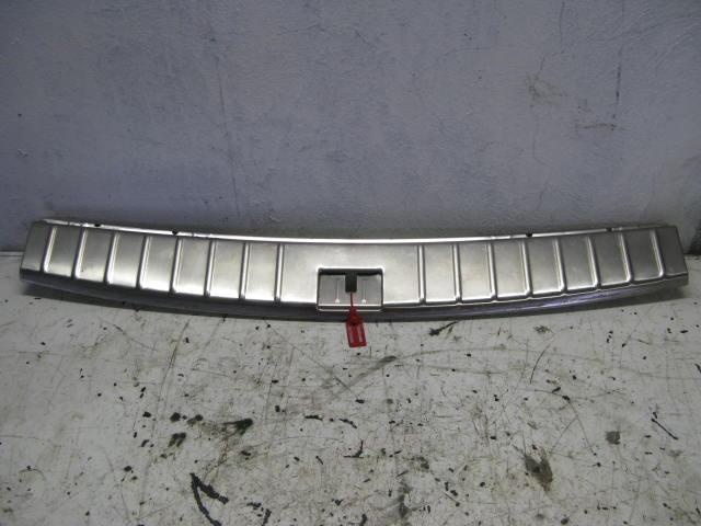 Накладка задней панели Porsche Cayenne 955 2003 задняя (б/у)