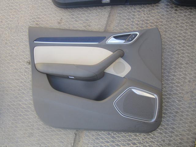 Обшивка двери Audi Q3 8U 2012 передняя левая (б/у)