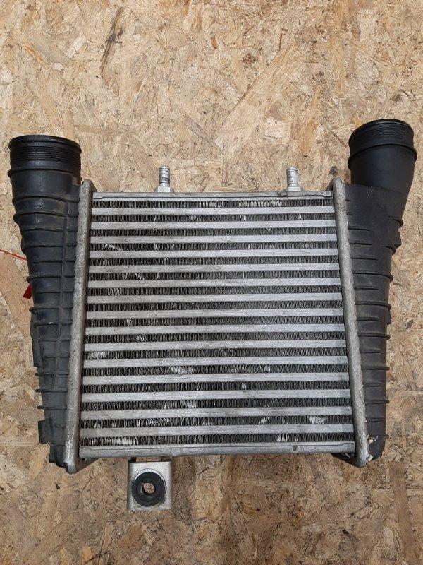 Интеркулер Audi A8 4H 2010 правый (б/у)