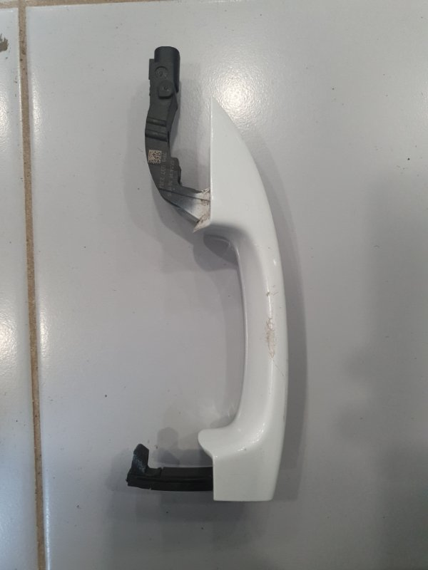 Ручка двери Volkswagen Touareg 7P 2010 правая (б/у)