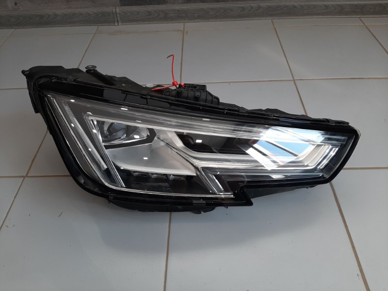 Фара Audi A4 8W 2017 правая (б/у)