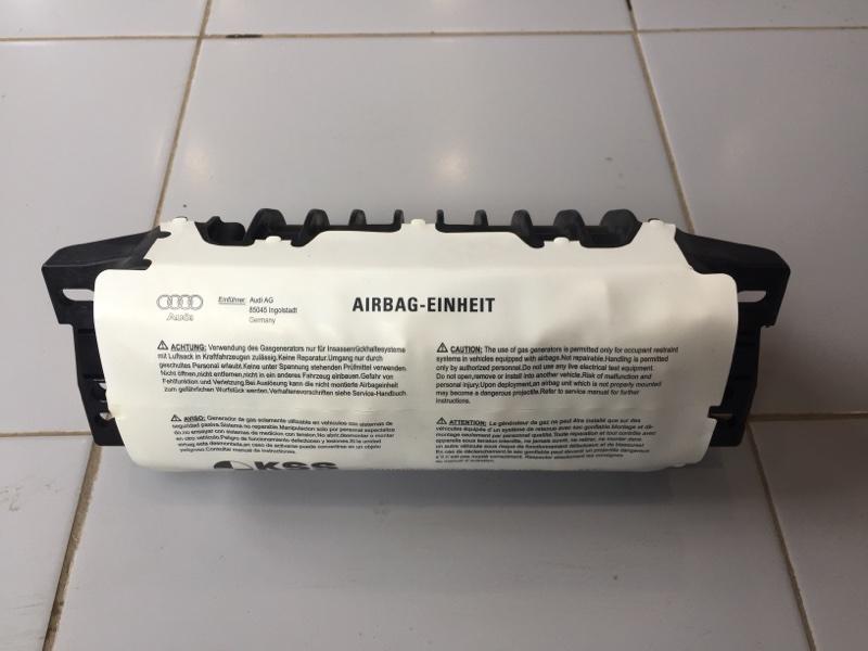 Подушка безопасности пассажира Audi A4 8K 3.0 CAK 2008 (б/у)