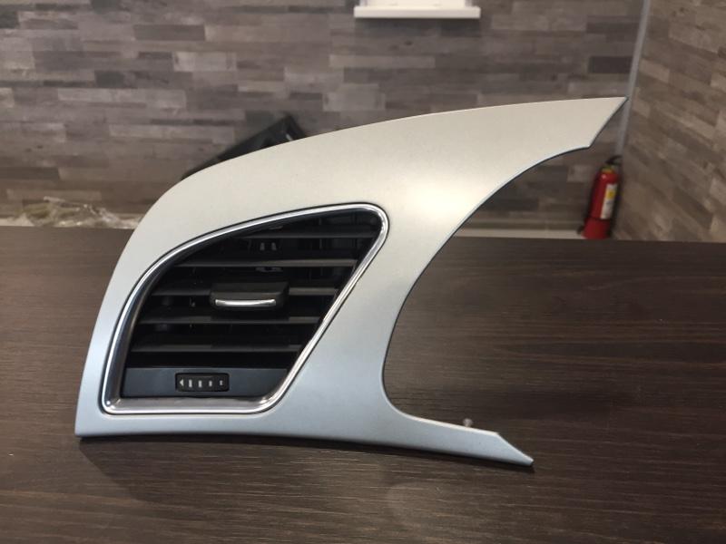 Дефлектор торпеды Audi A4 8K 3.0 CAK 2008 левый (б/у)