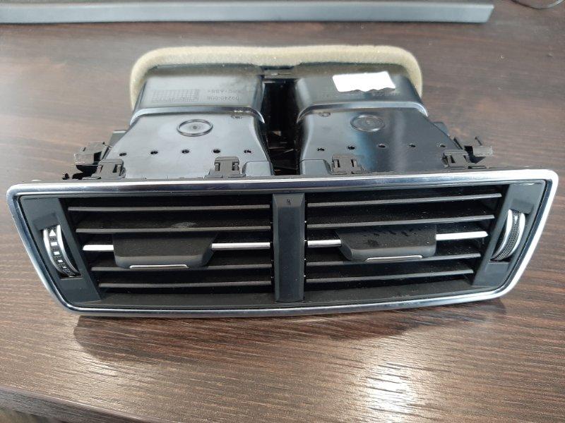 Дефлектор торпеды центральный Audi Q7 4M 3.0 CRT 2016 задний (б/у)
