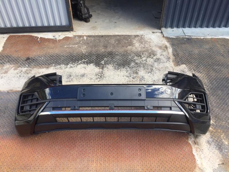 Бампер Volkswagen Touareg CR7 2019 передний (б/у)