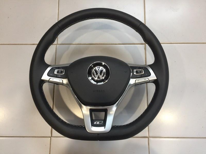 Руль Volkswagen Touareg CR7 2020 (б/у)