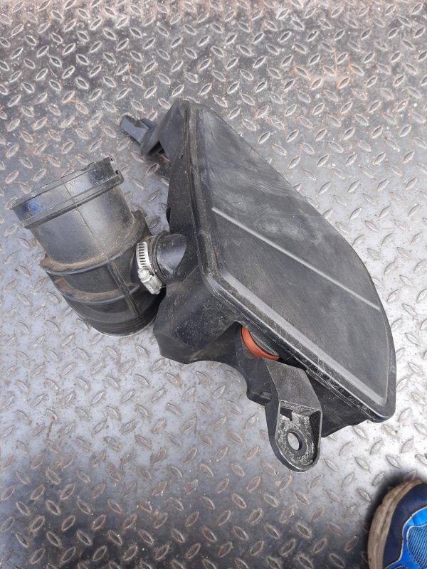 Резонатор воздушного фильтра Bmw 5-Series G30 3.0 B48B20B 2019 (б/у)