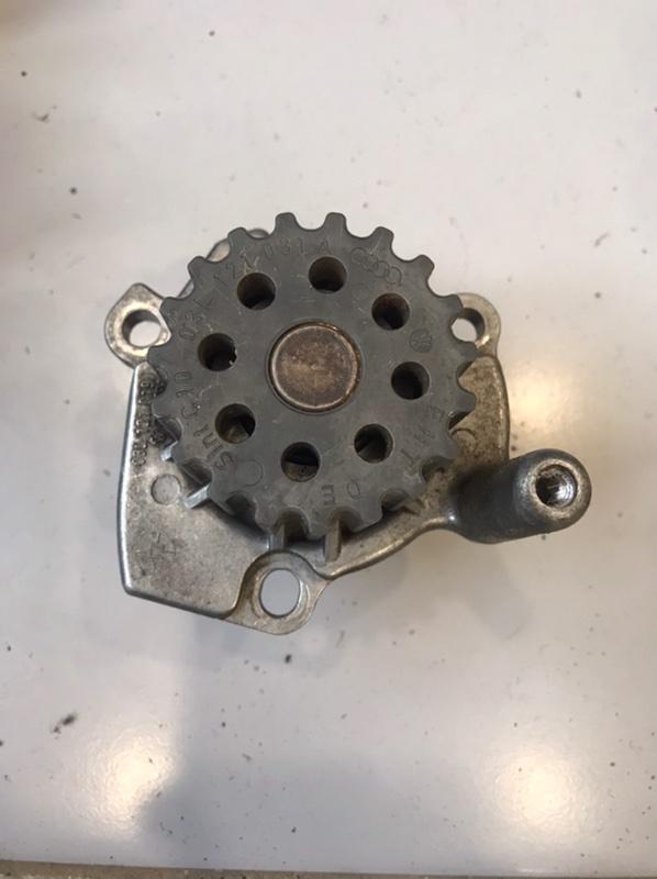 Помпа Audi Q7 4L (б/у)