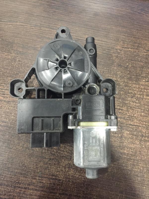 Мотор стеклоподъемника Volkswagen Tiguan 5NA 2016 задний правый (б/у)