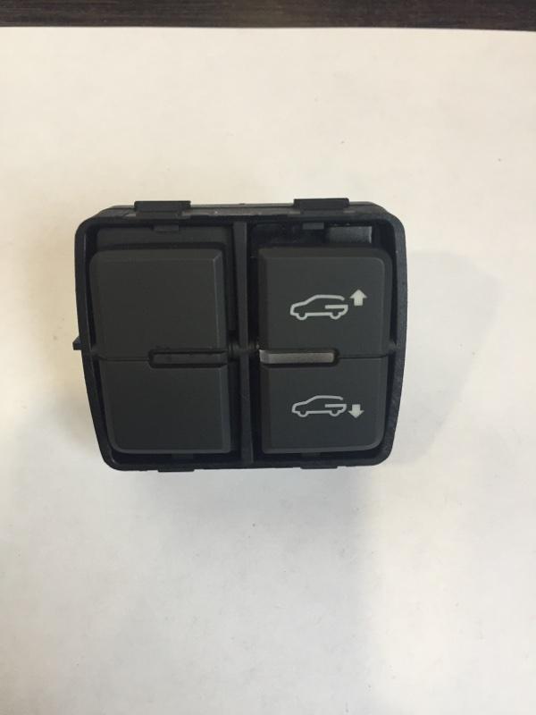 Кнопка Volkswagen Touareg 7P (б/у)