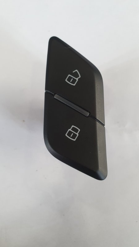 Выключатель центрального замка Audi Q7 4M 2016 передний правый (б/у)