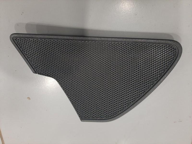 Накладка динамика Audi A6 4G 2010 правая (б/у)