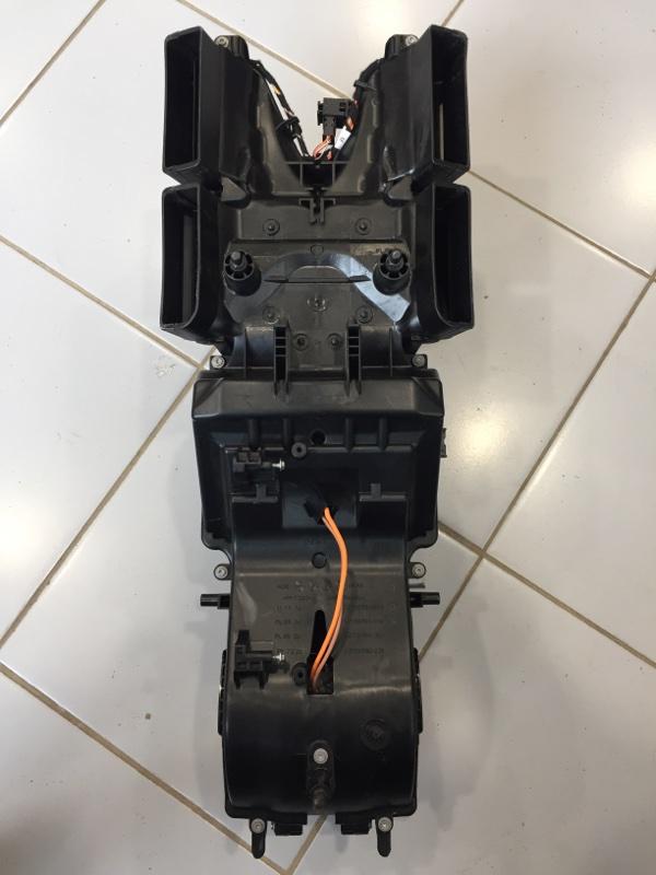 Распределитель воздуха с мотором Audi Q7 4M 3.0 CRT 2016 задний (б/у)