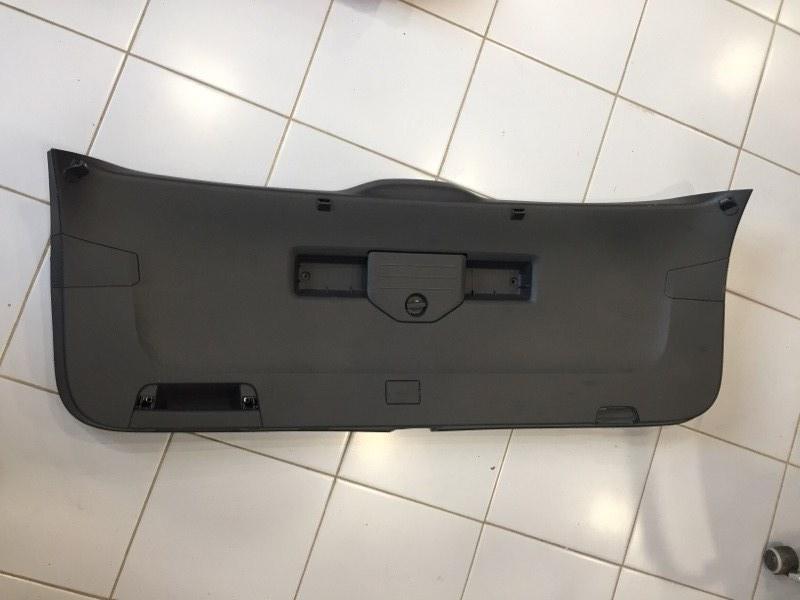 Обшивка двери Volkswagen Touareg CR7 3.0 TDI DEN 2020 (б/у)