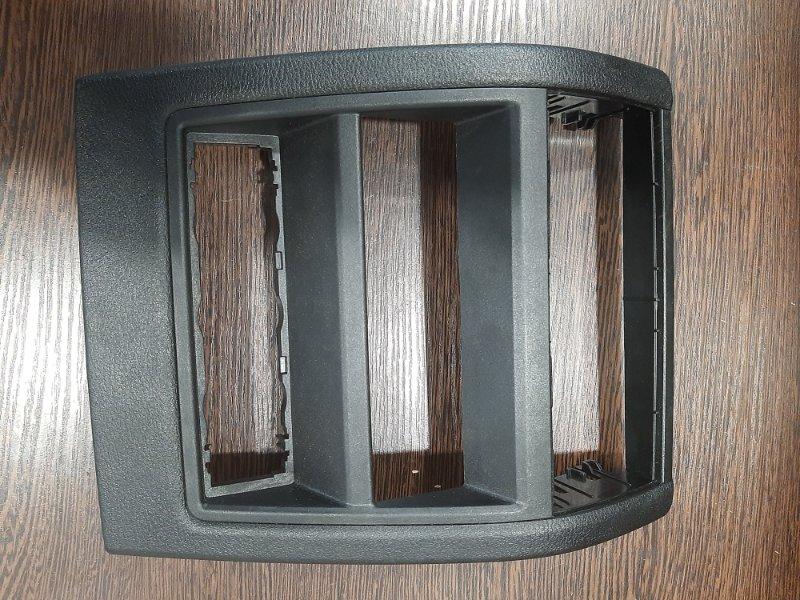 Накладка центральной консоли Bmw X5 F15 3.0 N57D30A 2013 задняя нижняя (б/у)