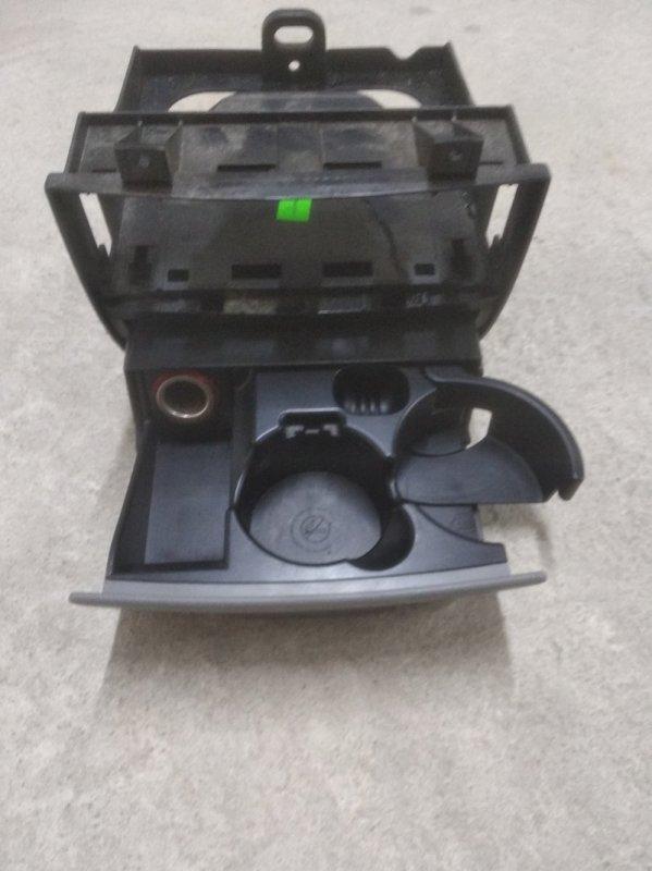 Подстаканник Volkswagen Crafter 2E 2006 (б/у)