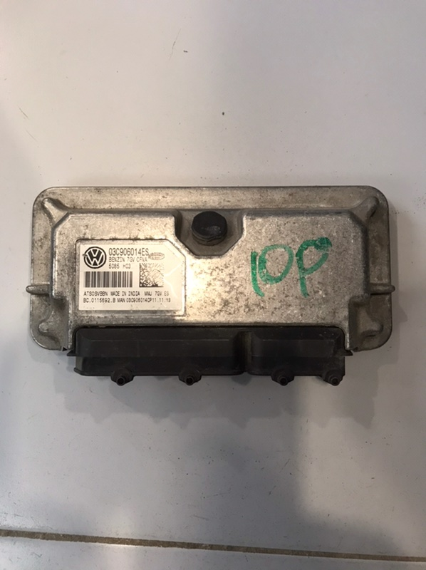 Блок управления двигателя Volkswagen Jetta 5C (б/у)