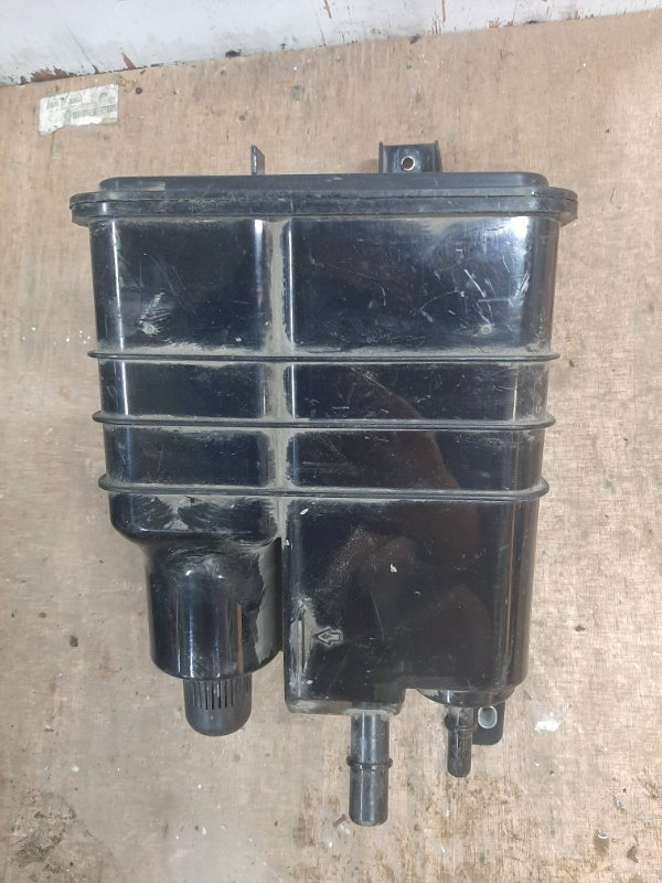 Адсорбер топливного бака Volkswagen Touareg 7P (б/у)