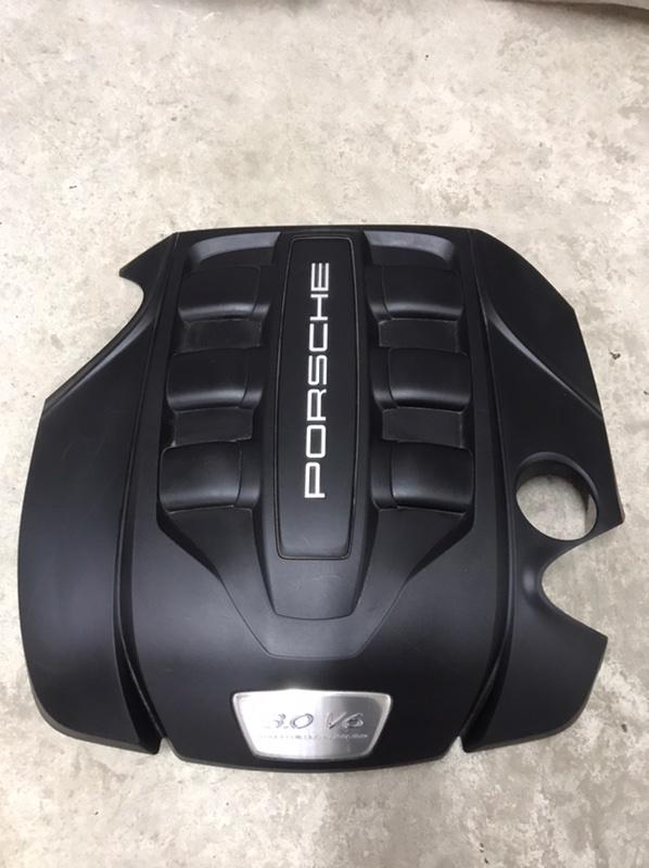 Крышка двс декоративная Porsche Cayenne 958 3.0 TDI (б/у)