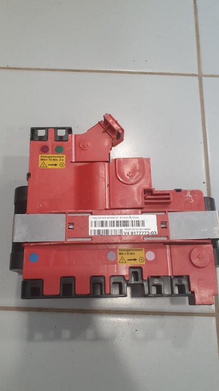 Монтажный блок с предохранителем Bmw 5-Series F07 2009 (б/у)