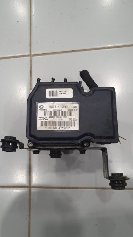 Блок abs Audi Rsq3 8U 2.5 T CTS 2011 (б/у)