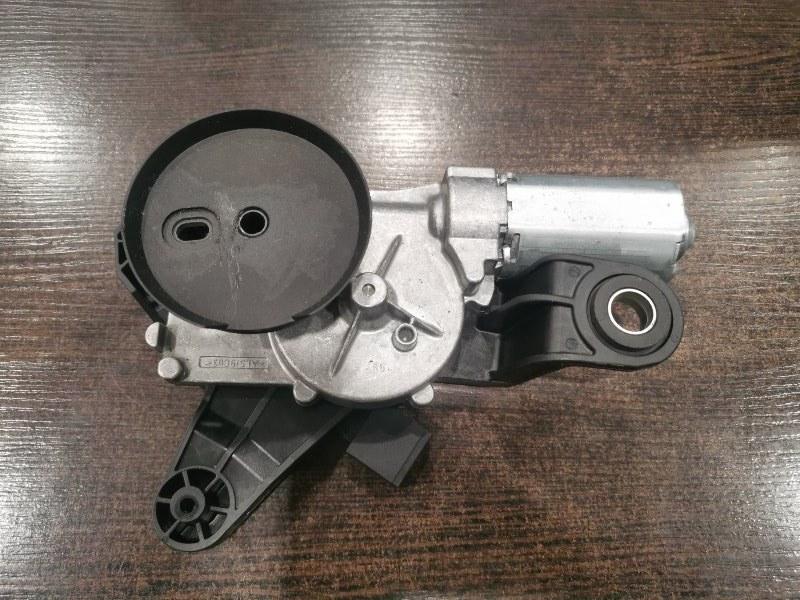 Моторчик заднего дворника Bmw 5-Series F11 3.0 N57D30A 2009 задний (б/у)