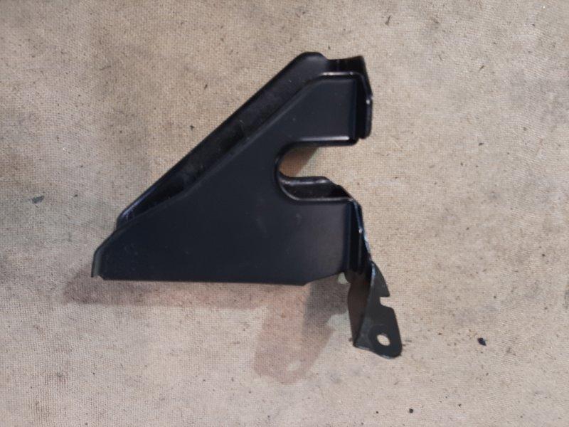 Замыкающий щиток Bmw X1 E84 2.0 N47D20C 2009 передний левый верхний (б/у)